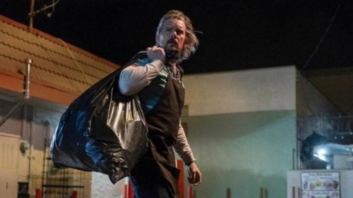 Homeless Ethan Hawke finds a ditched baby in Adopt a Highway